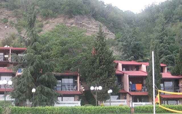Villa Emona  3