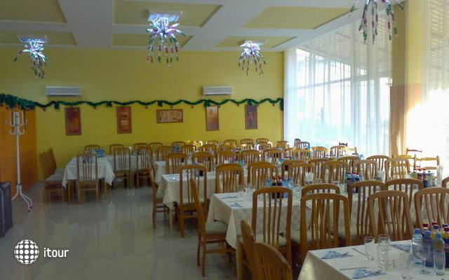 Hotel Ahilea 9