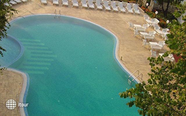 Hotel Ahilea 5