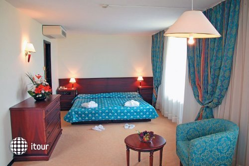 Grand Hotel Varna 3