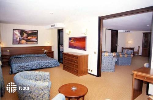 Grand Hotel Varna 7