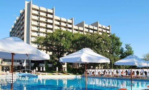 Grand Hotel Varna 1