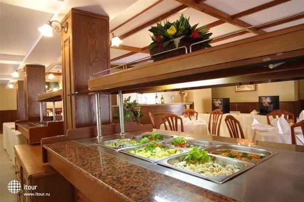 Hotel Esrteya Residence 5