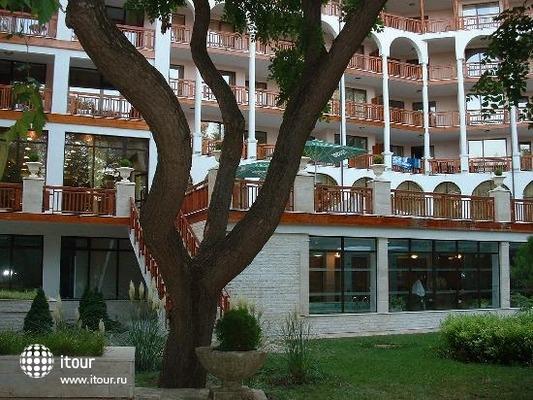 Hotel Esrteya Residence 1