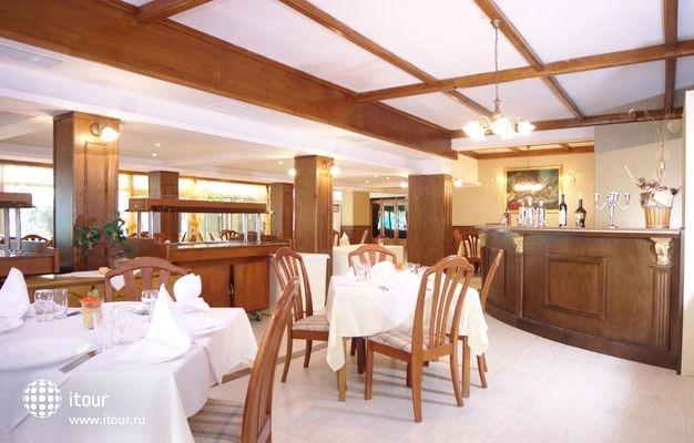 Hotel Esrteya Residence 9