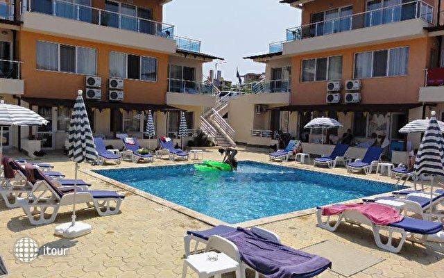 Selena Beach 7