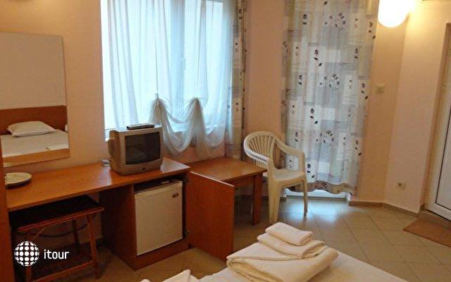 Hotel Antares 4