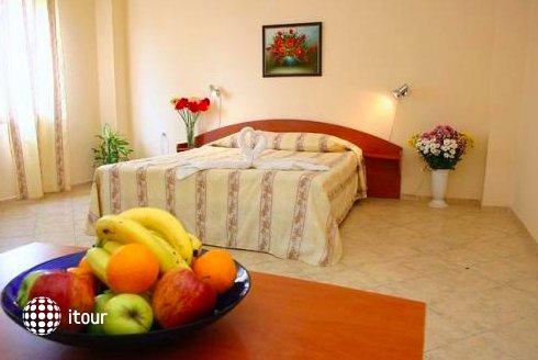 Hotel Focus 5