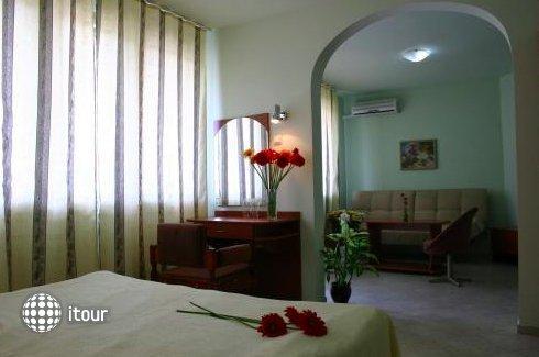 Hotel Focus 7