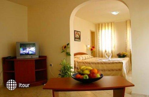 Hotel Focus 9