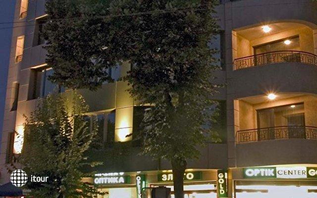Hotel Divesta 1