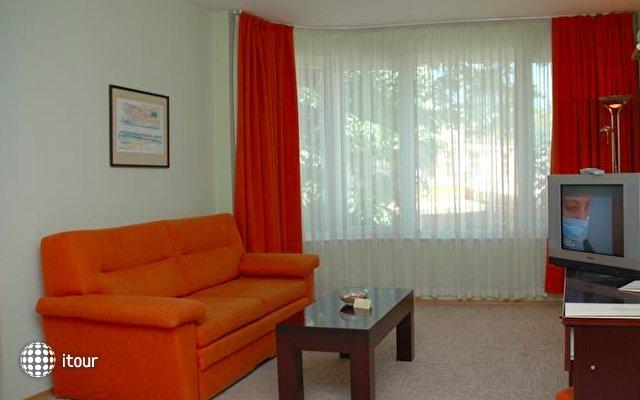 Hotel Divesta 2
