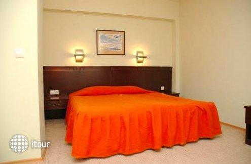 Hotel Divesta 7