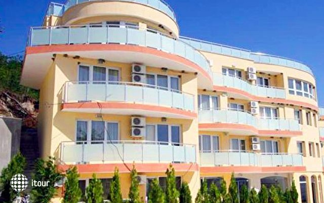 Albizia Beach Hotel 9