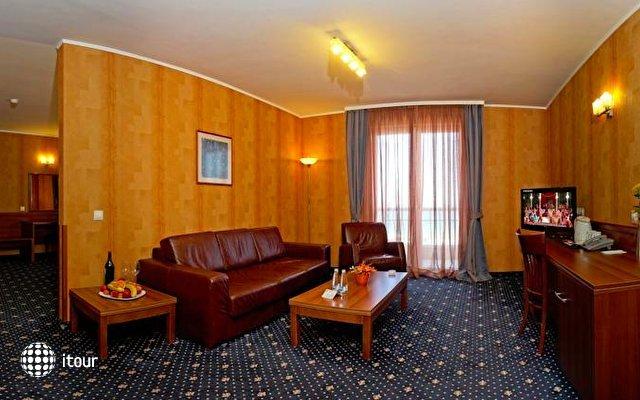 Panorama Hotel 10