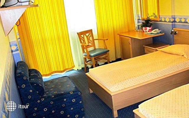 Briz 2 Hotel 6