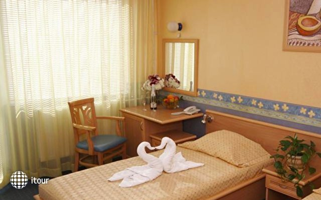Briz 2 Hotel 10