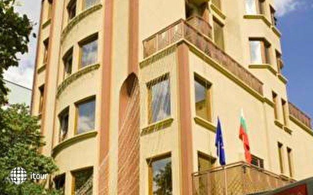 Reverence Hotel 2