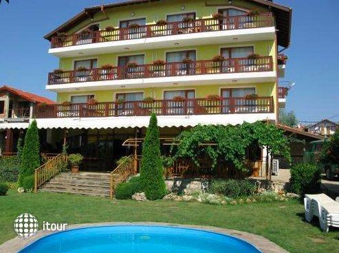 Margarita Hotel 1
