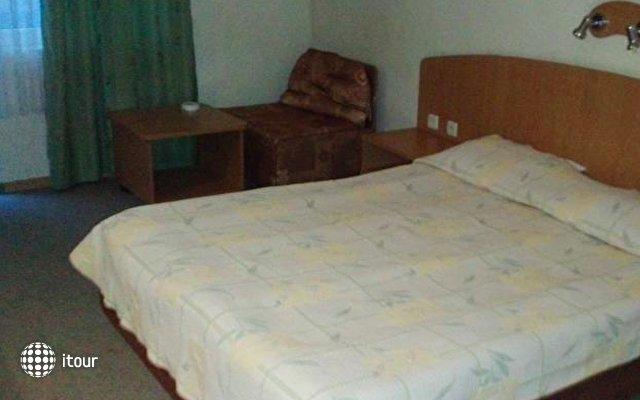 Hotel Trakata 9