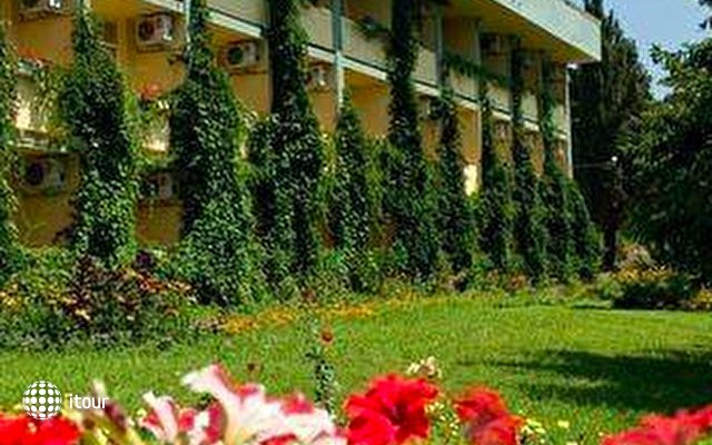Park Hotel Persey 10
