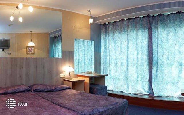 Hotel Elegance 6