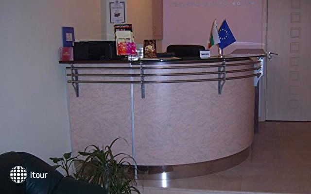 Hotel Gran Ivan 5