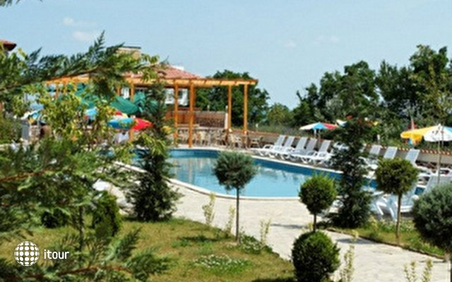 Vemara Club (ex. Calimera Beach)  6