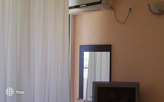 Hotel Akris 7