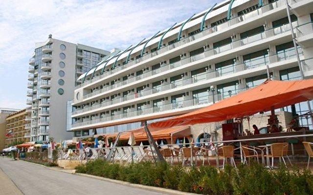 Berlin Beach 2
