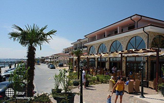 Palace Marina Dinevi 1