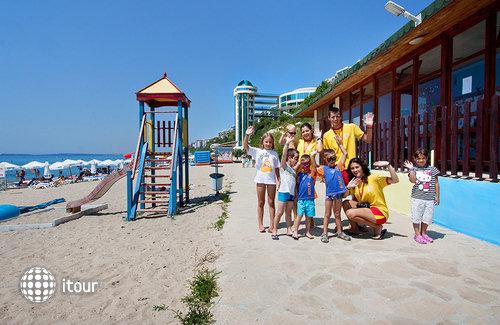 Paradise Beach St. Vlas 5