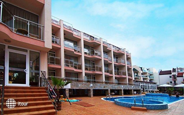 Tropics Hotel 1