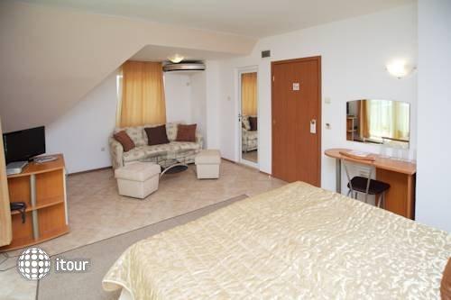 Family Hotel Venera 6