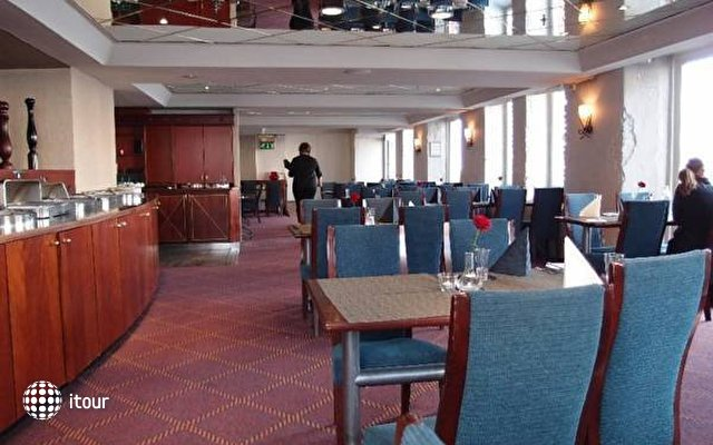 Clarion Hotel Admiral 6