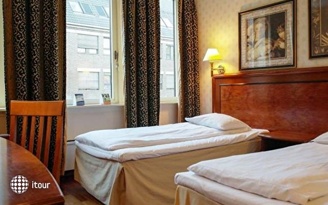 Quality Hotel Augustin 7