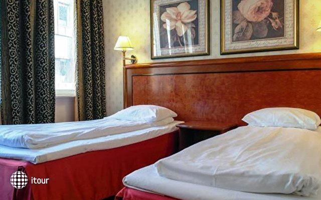 Quality Hotel Augustin 8