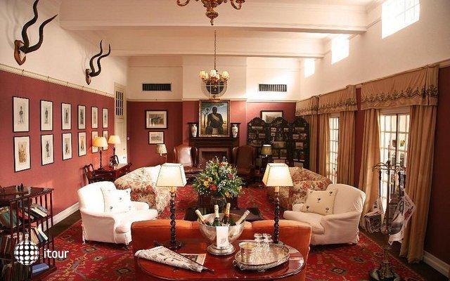 The Victoria Falls Hotel 8