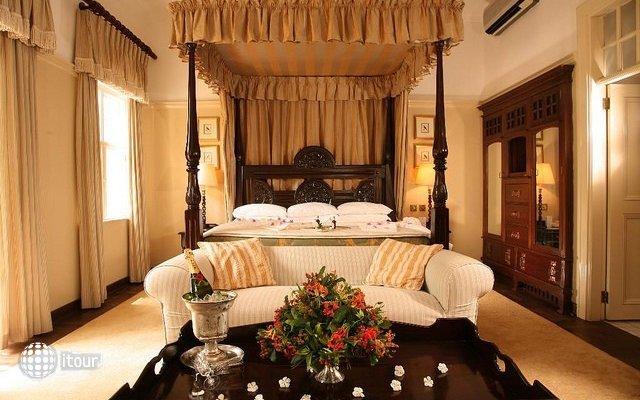 The Victoria Falls Hotel 9