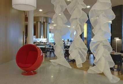 Hilton Helsinki Vantaa Airport Hotel 5