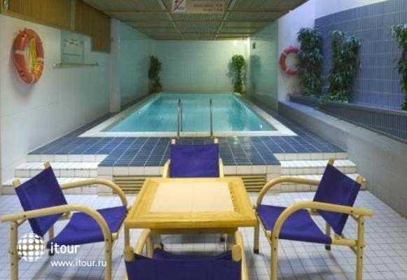 Holiday Inn Turku 5