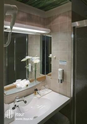 Holiday Inn Turku 9