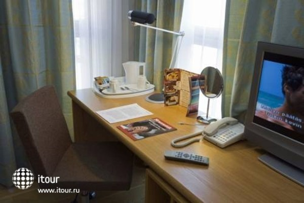 Holiday Inn Turku 10