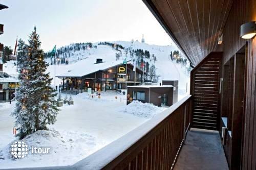 Chalet Ruka Peak Boutique Hotel 1