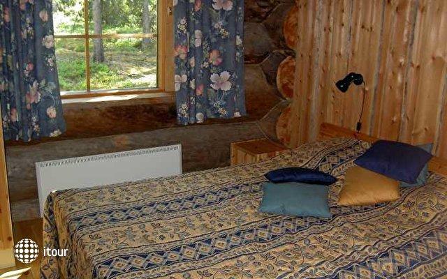 Rukan Salonki Cottages Apt 3