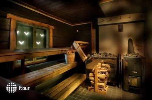 Bears Lodge 3