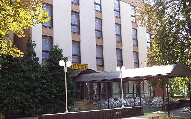 Hunguest Hotel Retro 1
