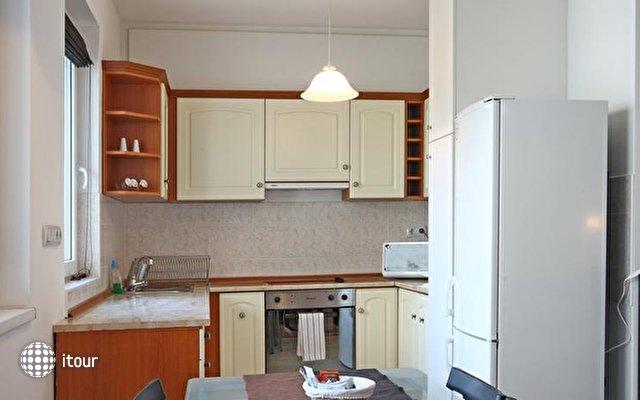 Akacfa Holiday Apartments 10