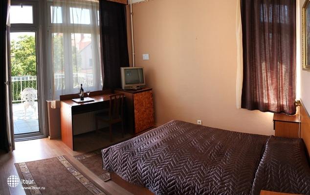 Villa Hotel Krustal 9