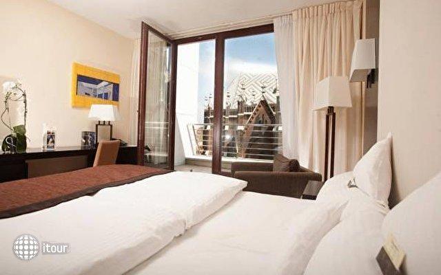 Lion's Garden Hotel 1